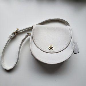 Vintage Coach Watson White Leather Shoulder Bag